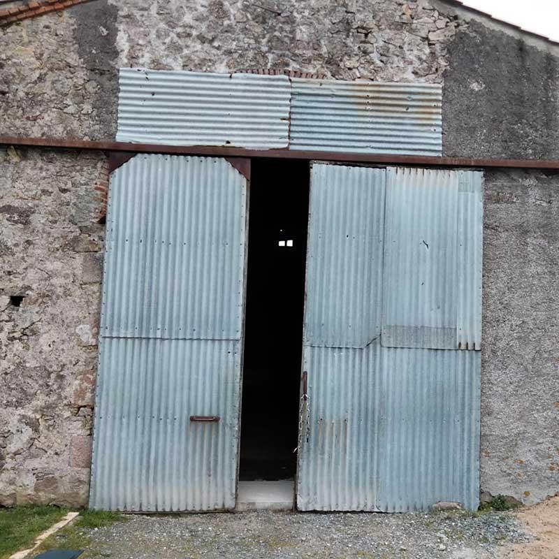 Pose de porte de garage avant - Menuiserie Marquis
